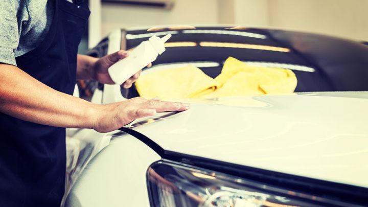 Productos de limpieza para lavar autos