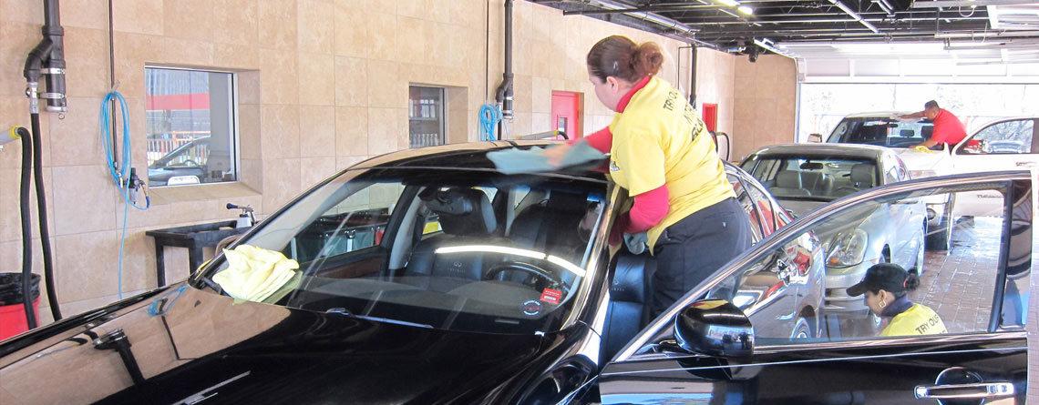 La importancia de llevar tu vehículo a un carwash