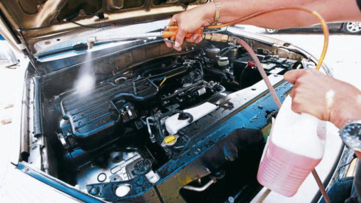 Tipos de lavados de motor en un Car wash