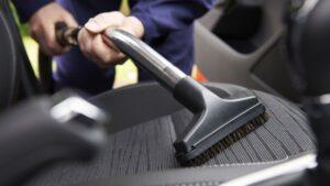 como lavar tapiceria de carro